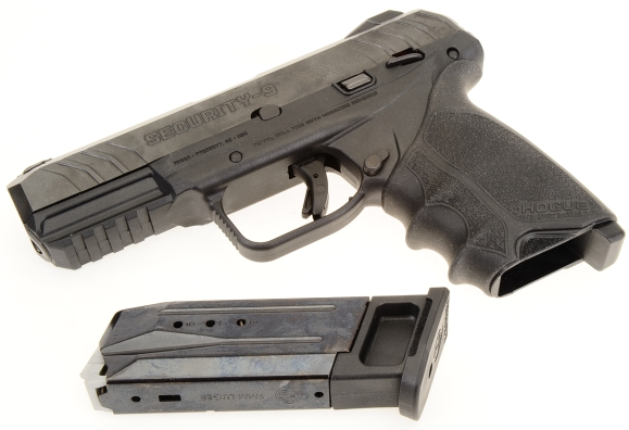 Ruger's Security-9   Real Guns - A Firearm and related